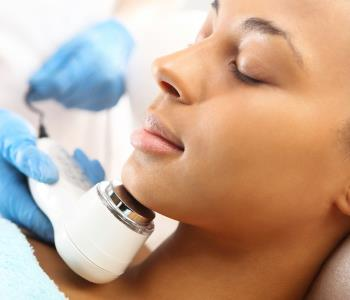 effective laser treatment for acne with Isolaz from dermatologist in Huntington, NY