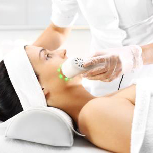 Treating adult acne in Huntington, NY with PDT therapy